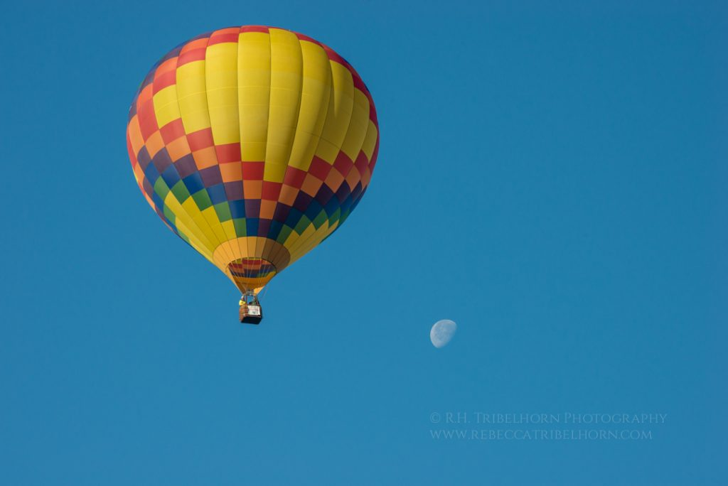 The Moon in the Hot Air Balloon